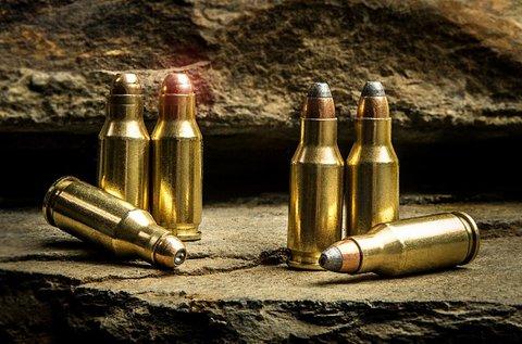 Élménylövészet 5 féle választható fegyverrel