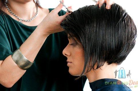 Női hajvágás argánolajos pakolással, vállig érő hajig