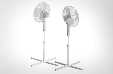 2 db álló ventilátor 400 W-os teljesítménnyel