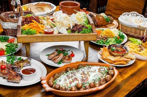Korlátlan svédasztalos étel-, ital- és sushifogyasztás
