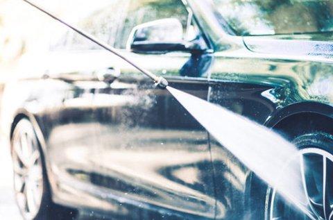 Prémium külső és belső autótakarítás