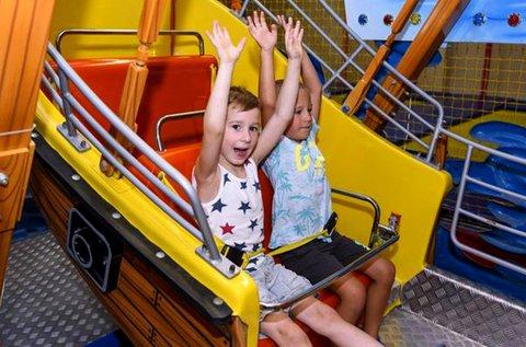 Gyerek és felnőtt belépő az Elevenpark játszóházba