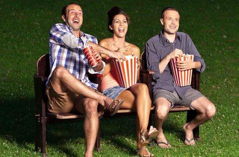 Szabadtéri mozizás 2 főnek popcornnal és üdítővel