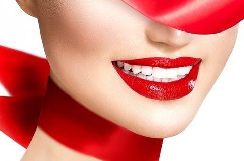 Csodás mosoly ultrahangos fogkő-eltávolítással