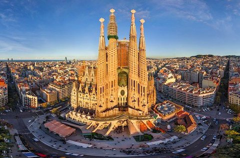 4 napos városlátogatás év végén Barcelonában