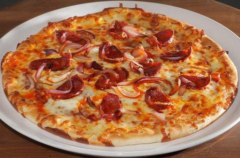 2 db finom 28 cm-es pizza 2 doboz Pepsivel