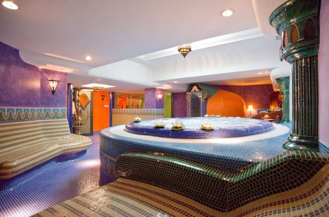 Marokkói wellness élmények Hévízen