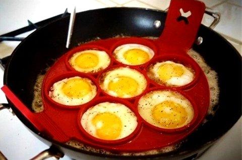 7 rekeszes szilikon tojás- és palacsintasütő forma