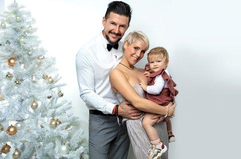 1 órás karácsonyi családi fotózás akár 4 fő részére
