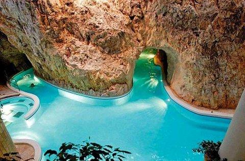 Miskolctapolcai felfrissülés Barlangfürdő belépővel