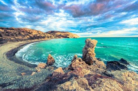 1 hetes nyaralás a szerelem szigetén, Cipruson