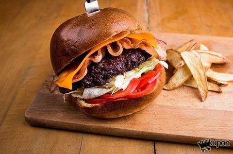 Kézműves burger 2 főnek a B-terv Kávézóban