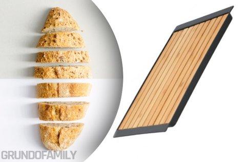 Bambusz vágódeszka morzsatálcával