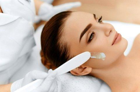 6 lépcsős arctisztítás Dermapenes kezeléssel