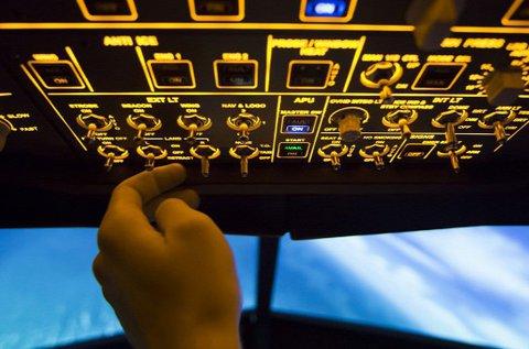 40 perces Boeing 737 repülőgép szimulátorozás