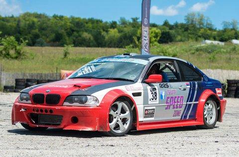 Driftelj 30 percig egy BMW-vel Mogyoródon!