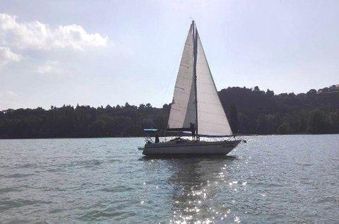 Egész napos vitorlázás a Balatonon kapitánnyal