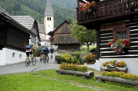 Alpesi vakáció Karintia híres fürdővárosában