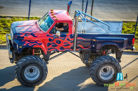 3 körös élményvezetés Monster Truck BigFoottal