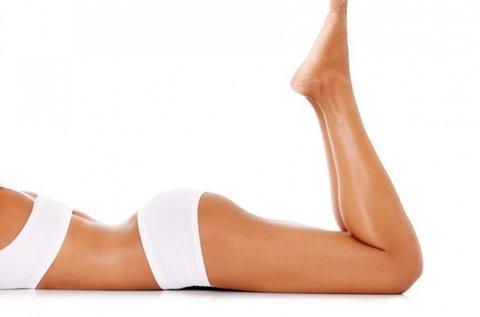 Gyantázás nőknek láb, hónalj és intim területen