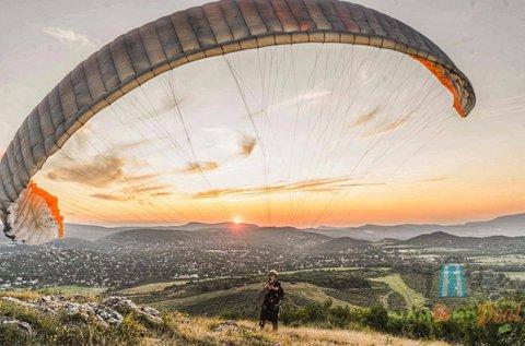 Tandem siklóernyős repülés FullHD videóval