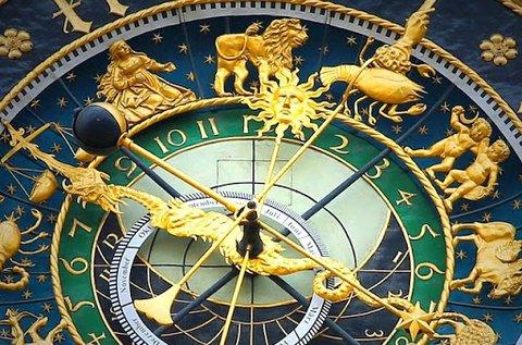 3 órás asztrológiai és számmisztikai elemzés
