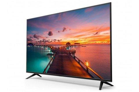 81 cm-es SmartTech HD LED televízió