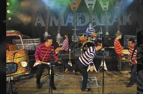 Retro kerti parti a Madarak zenekarral