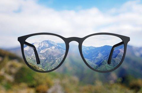 Multifokális szemüveg kerettel, szemvizsgálattal