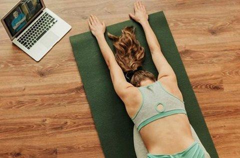 Személyre szabott online jóga órák 3 alkalommal