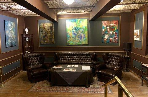 Családi belépő a Titok Galéria kiállítására