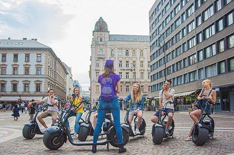 Fedezd fel Budapestet környezetbarát e-robogóval!