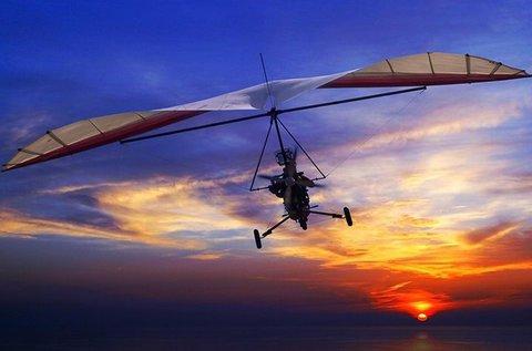 12 perc repülés motoros sárkányrepülővel