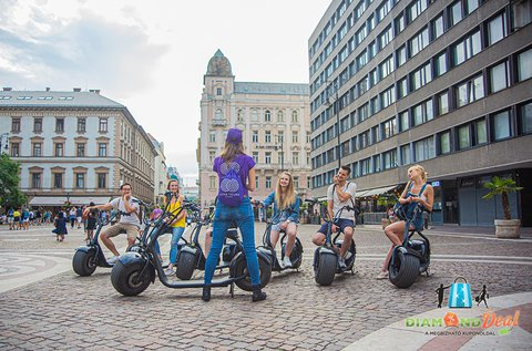60 perces budapesti városnéző túra e-robogóval