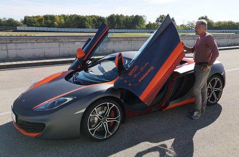 McLaren vezetési élmény + 15 perc sétarepülés