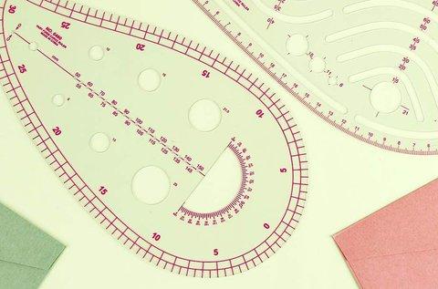 4 db-os íves tervezővonalzó készlet