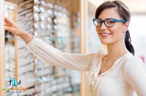 Divatos szemüveg vékonyított lencsével