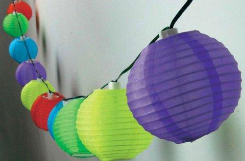 Napelemes lampionfüzér 10 db színes lampionnal