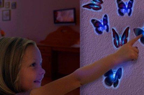 Vibráló színes pillangós LED éjjeli lámpa