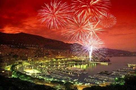 Köszöntsd az új évet a gyönyörű Monaco-ban!