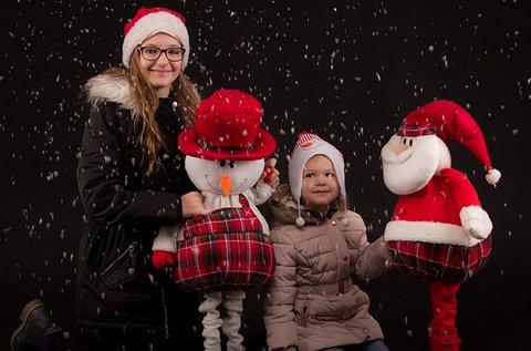 Karácsonyi családi fotózás többféle háttérrel