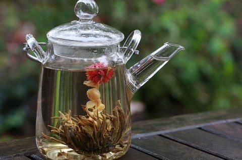2 db virágzó tea díszcsomagolásban