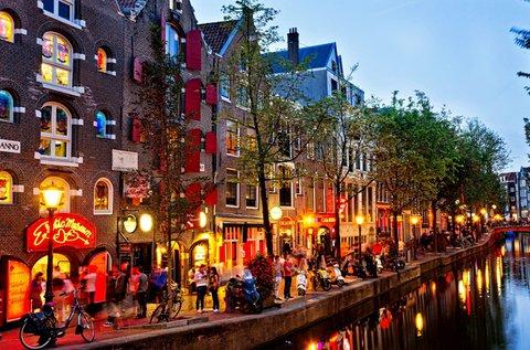 Ünnepi hosszú hétvége Amszterdamban