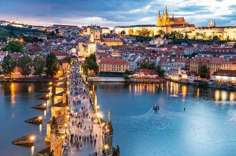 Ünnepi hétvége Prágában 4 csillagos pihenéssel