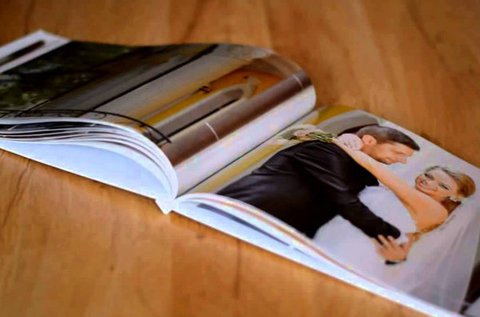 60 oldalas választható méretű fotókönyv