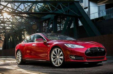 90 perces Tesla élményvezetés forgalomban