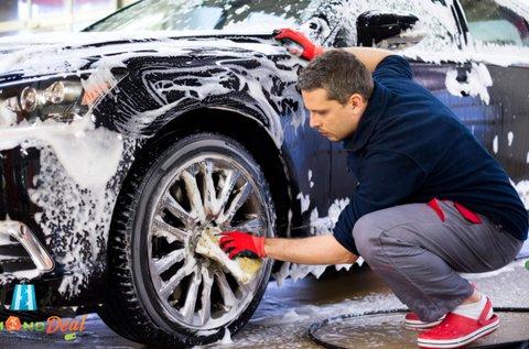 Külső-belső autómosás üléskárpit tisztítással