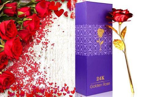 24 karátos arannyal bevont rózsa díszdobozban