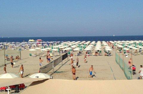 Vakáció Olaszország homokos tengerpartján