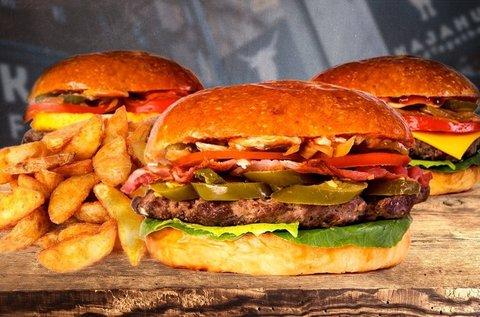 Organikus kézműves szürkemarha sajtburger